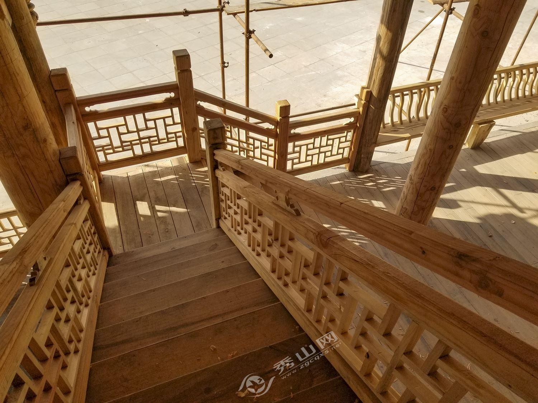 秀山:土家族苗族人家的木房子
